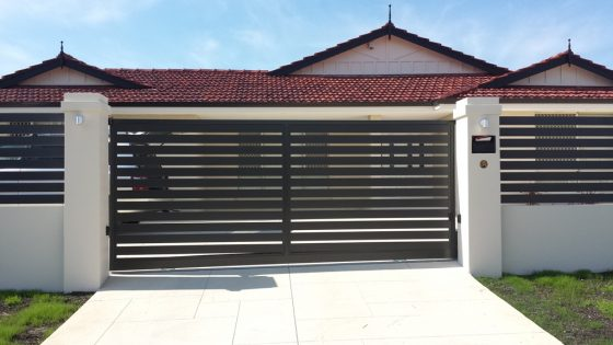 Automated Aluminium Slat Sliding Gate