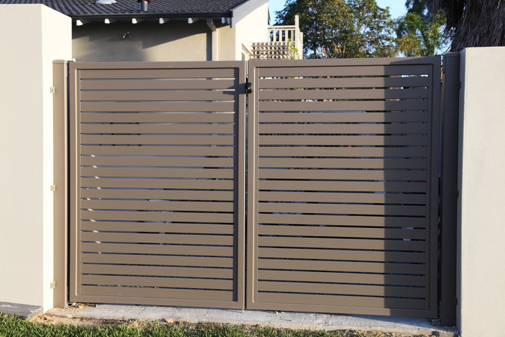 Slat Fencing Perth Aluminium Timber Effect Amp Coloured Slats