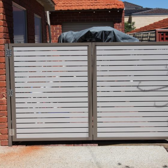 Bi-fold Coloured Aluminium Slat Access Gate | Waterford Drive