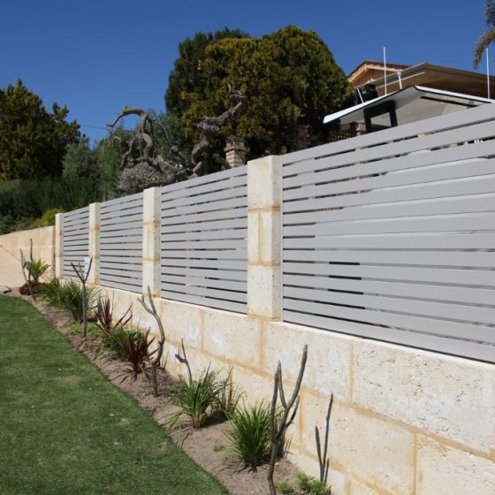 Dune Slat Bays in Sandstone Wall | Waterford Drive